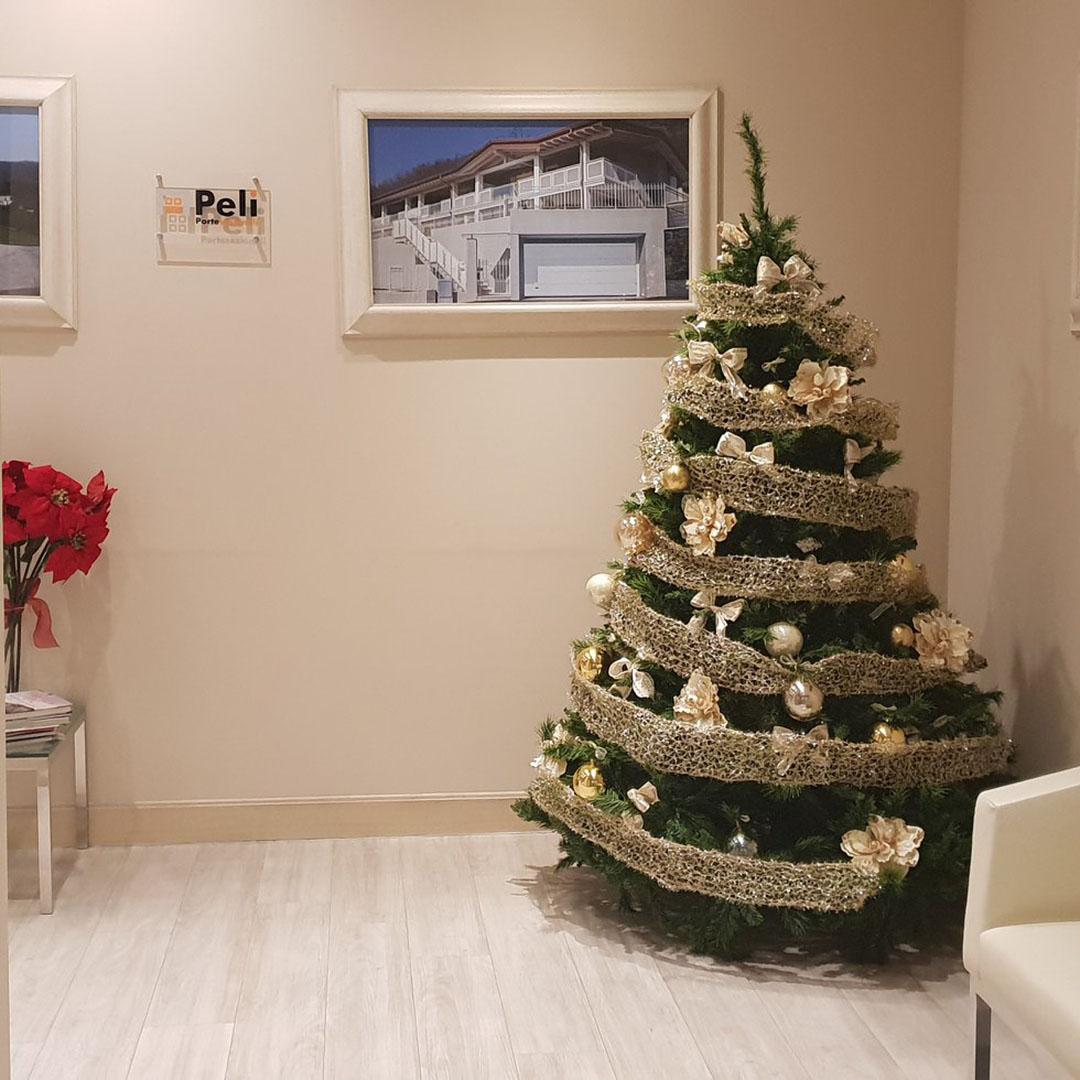 Natale Peli